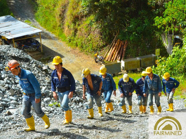 Small-scale mining plays an important role in the local community. The 72 miners at Iquira in Colombia support approximately 450 people through their work. With increased income thanks to mining, the community has greater opportunities and an amplified long-term business vision.